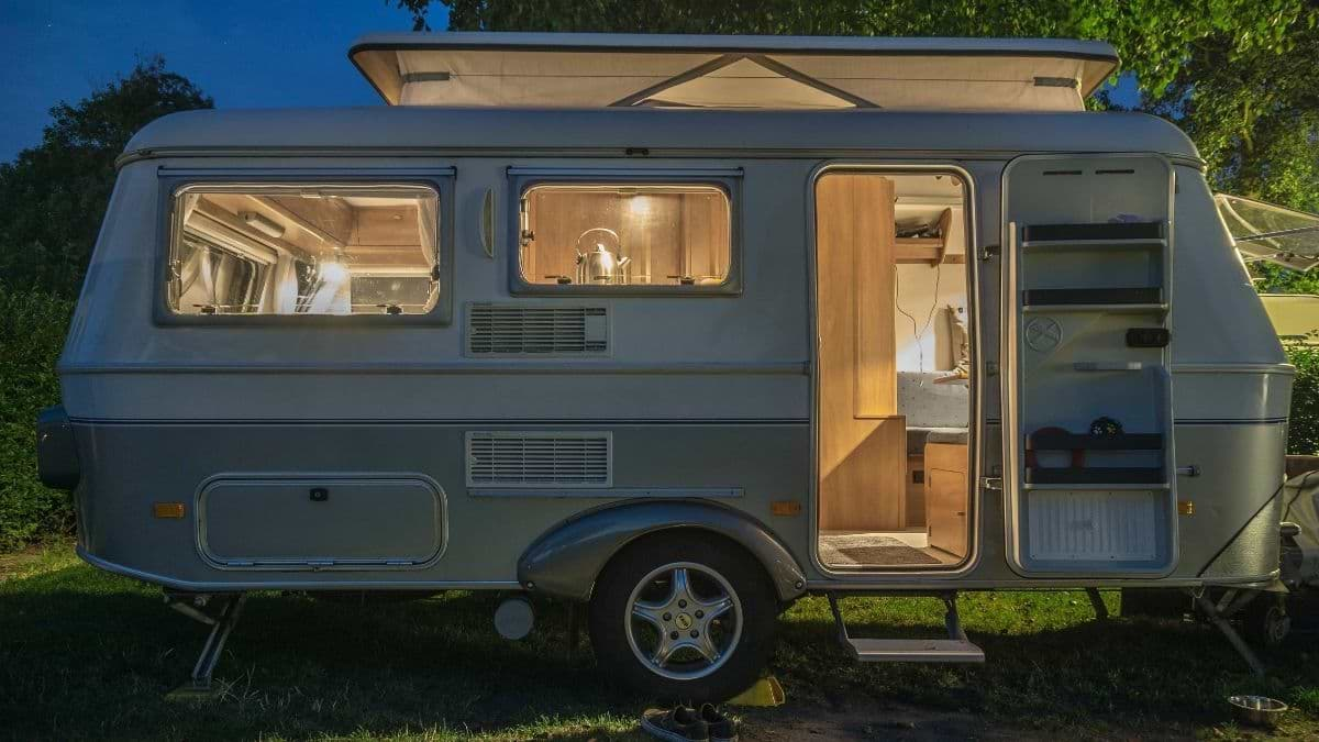 5 Awesome Small Travel Trailers You Should Pick