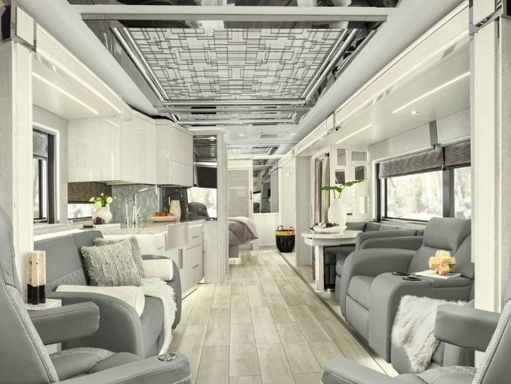 Newmar King Aire Interior